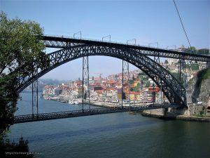 Puente sobre el Duero en Oporto