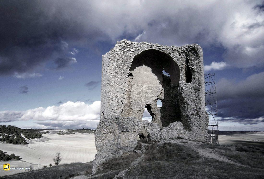 Durius Aquae: torre del castillo de Mota del Marqués