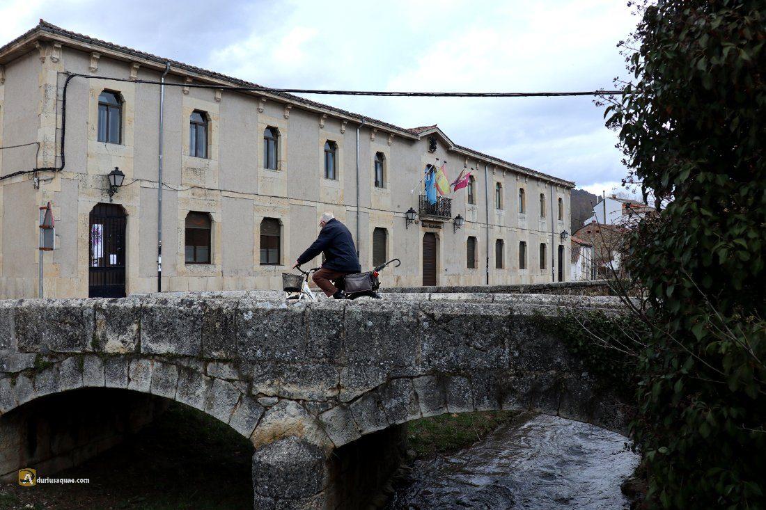 Durius Aque: Arroyo Solayomba y puente Albejar frente al ayuntamiento