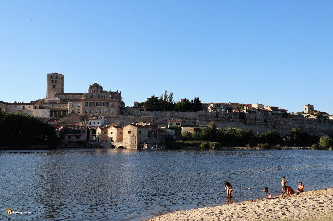 Zamora: Playa de las Pelambres