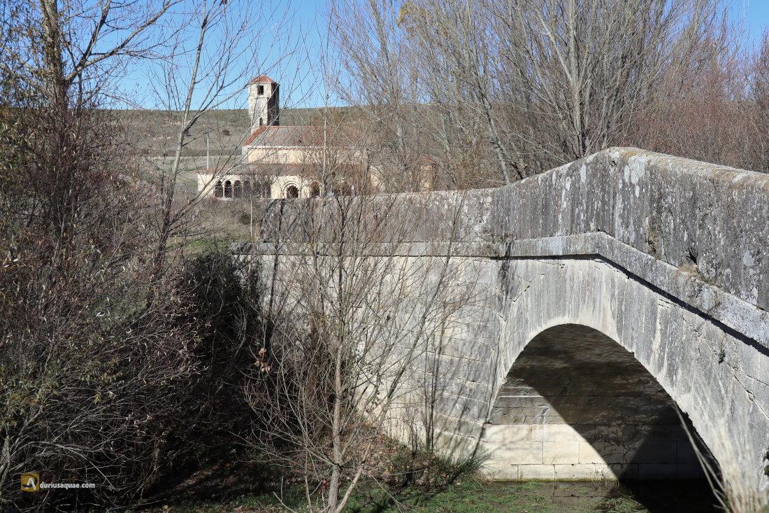Duratón, puente e iglesia románica