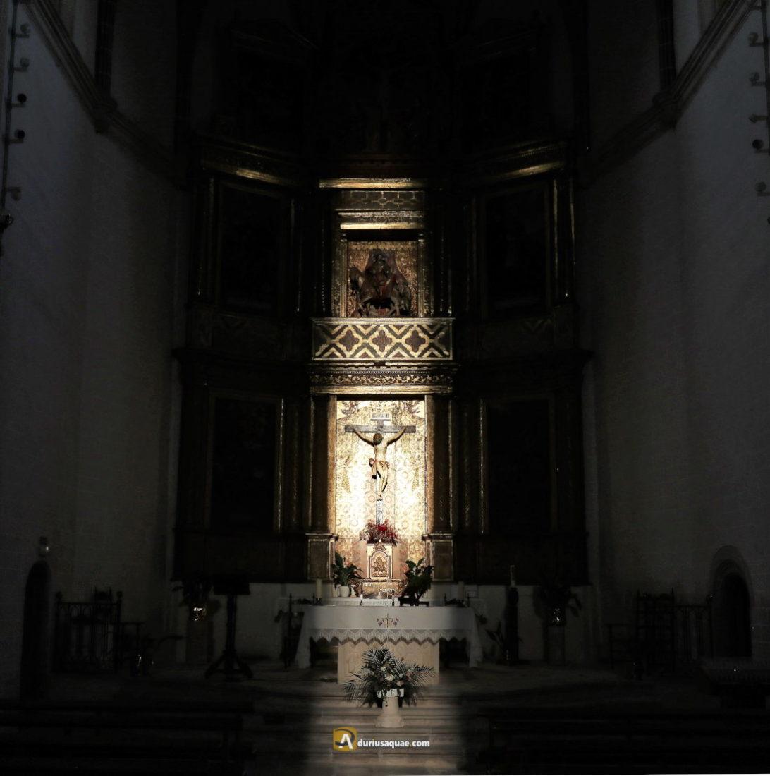 Crucificado en la iglesia de San Martín, Mota del Marqués