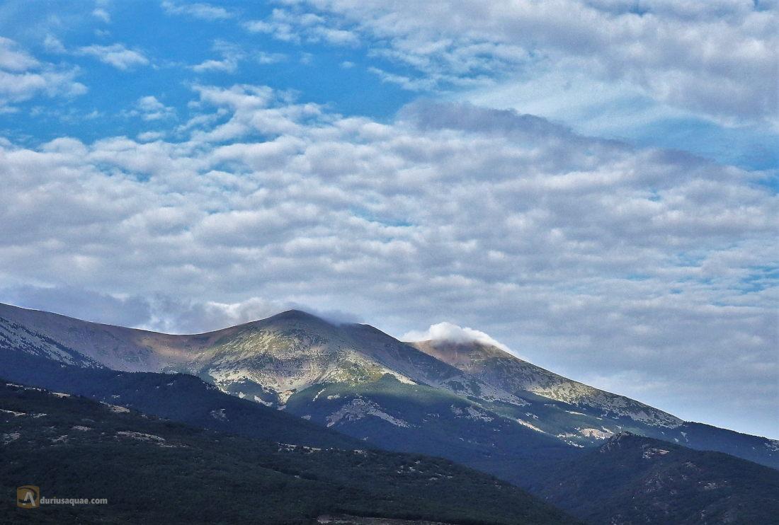 Vista de la sierra desde Añón de Moncayo. Zaragoza